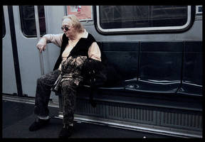 the lady on metro by noidentity
