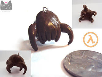 Half-Life Headcrab Charm by RoyalCatDesign