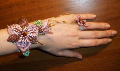 Bracelet by PardalisStrix