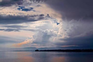 Water and mountains II by thomasdelonge