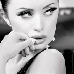 Glamour portrait - Magda by zieniu