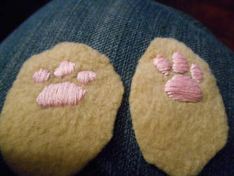 Paw Preview by SlightlyWinged