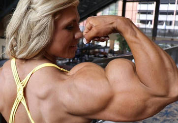 Carli Terepka Huge Biceps by Turbo99