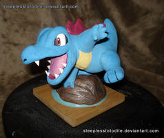 Totodile Action Sculpt by SleeplessTotodile