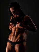 Lariyah Hayes Has Abs by tom2001