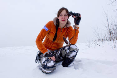 Lara Croft TR III with Binocular by OneMorePike