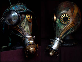 Custom Skinny BSFUC Gas Mask by bizklimkit