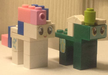 Lego Sweetie Drops and Lyra Heartstrings Figs by GrapefruitFace1