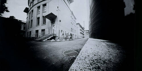 Pinhole camera by Laumoon