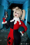 Harley Quinn cosplay IV. by EnjiNight