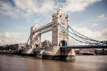 Tower Bridge 2 by Alexandre-Bordereau