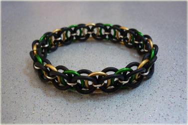 Helm Chain Bracelet by squanpie