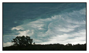 Asperatus clouds,natural color,with story.L1030328 by harrietsfriend