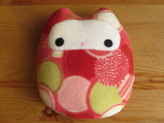 Owl Plush by Neoitvaluocsol