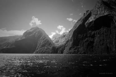 Milford Sound by Kekilen