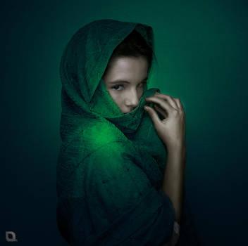 woman by voyo09