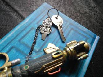 My wife's TARDIS key by stargliderx
