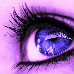 blue purple eye by Purplestranger
