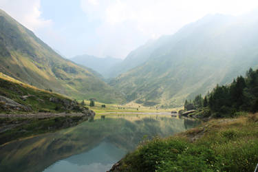 Gleno Lake - 2 by elainoelloc