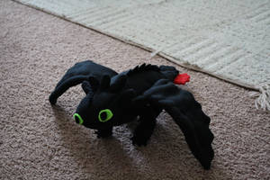 My Toothless plushie by FuScO117
