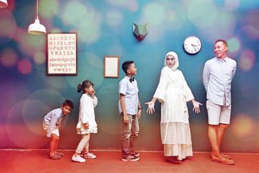 The Untara Family by ang7m