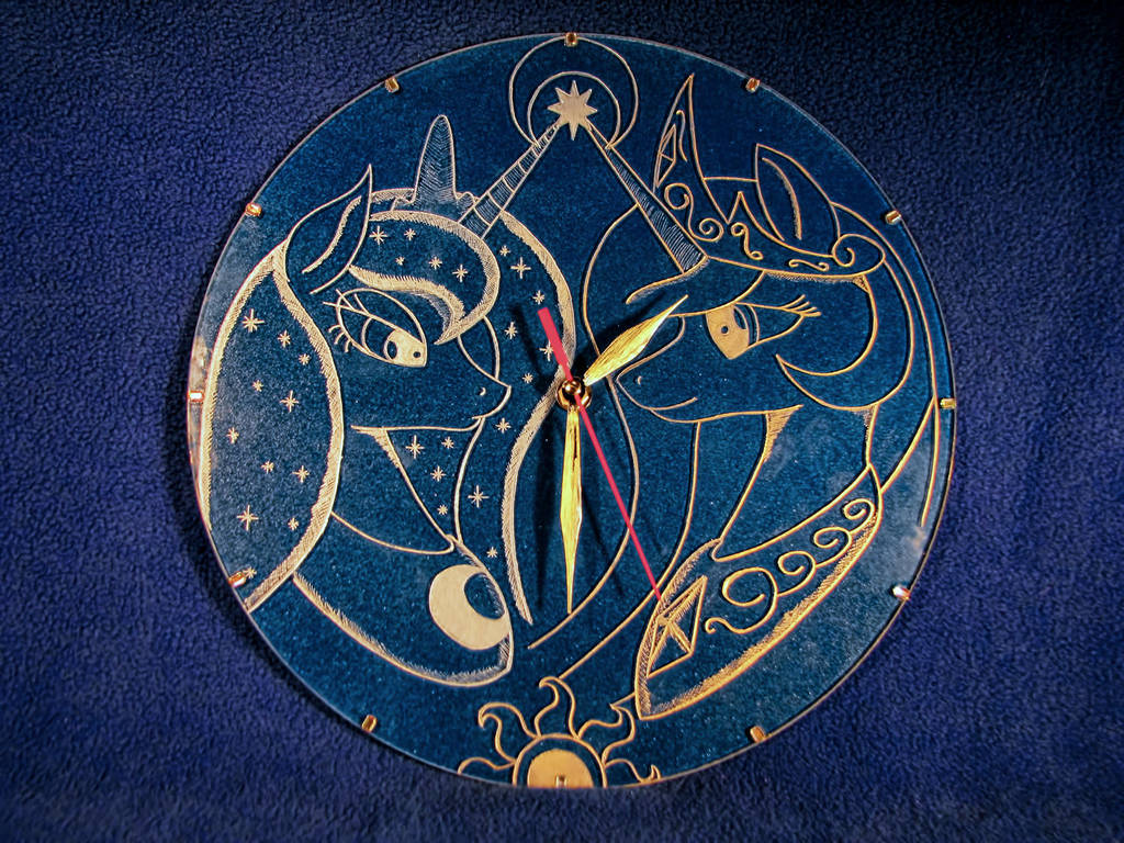 MLP - 'Two sisters' (Clock Engrave) by Cerebralis