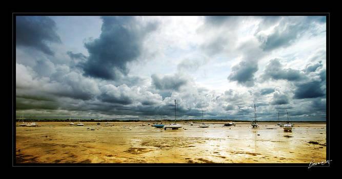 Lost in a Quiet Storm by bosniak