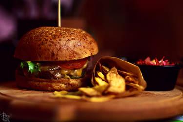 Burger by bzzlightyear