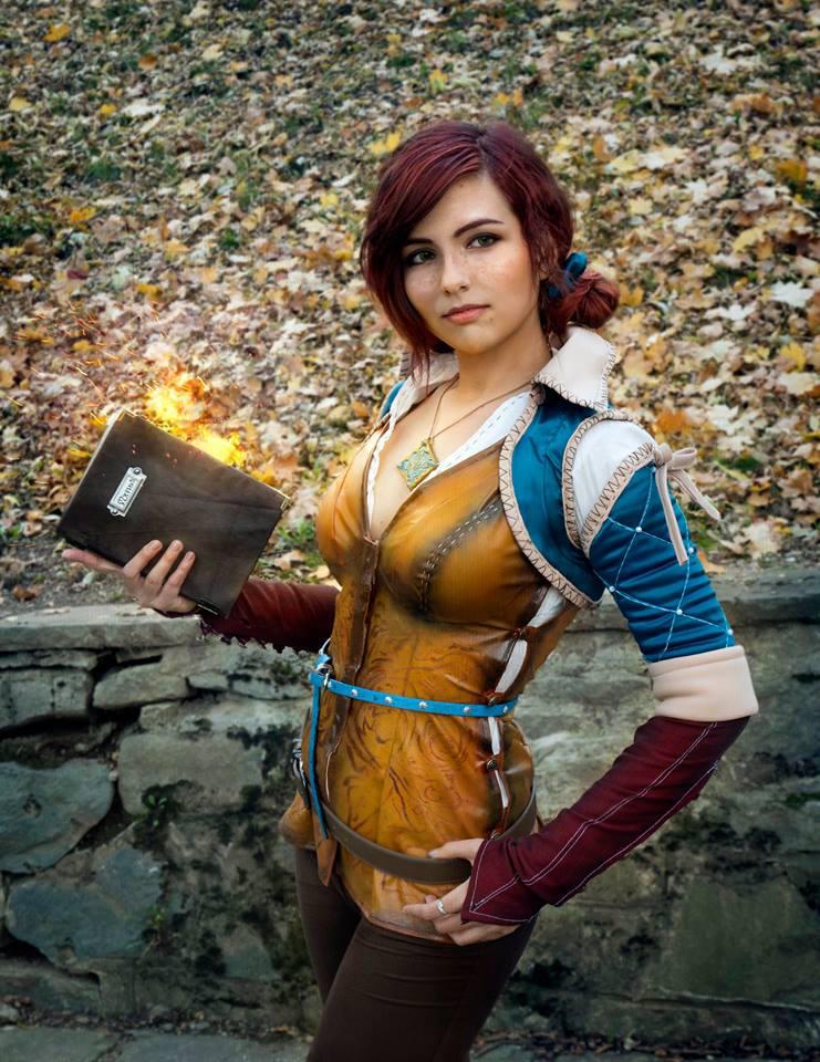 merigold cosplay disharmonica Triss