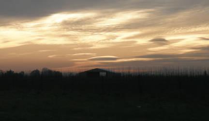 barn Sunset by Kimashi-Mutsuyama