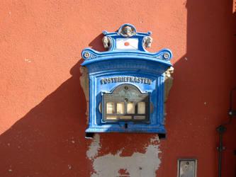 Streetcorner in Noerdlingen, Germany by InStantUsage