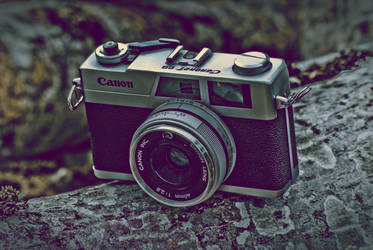 Canonet 28 by mopteek