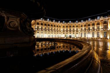 La place de la bourse, Bordeaux, de nuit. by paflechien33