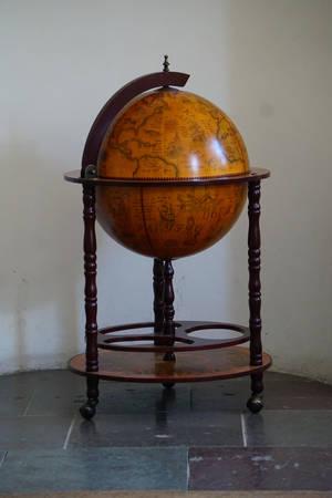 Globe-p2p0-001 by per2punkt0