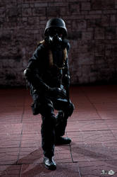 Resident Evil 4: H.U.N.K. by Rasgriz0083