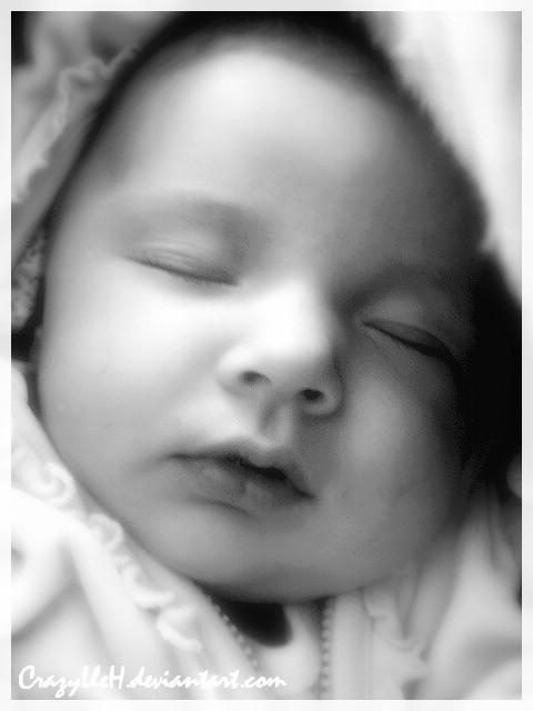 baby by CrazyLleH