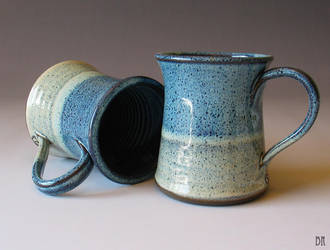 Ombre Pottery Mugs by Justyse