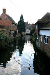 River in Canterbury by kingofthefield