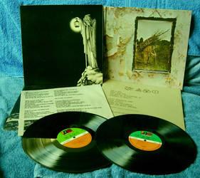 Vinyl Art by kingofthefield