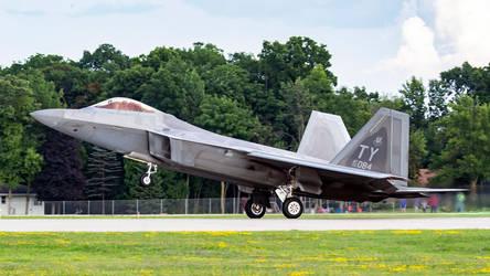 Lockheed Martin F-22A Raptor by arejaye