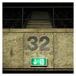 32 by numerika