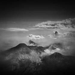 Mt. Semeru by Hengki24