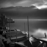 Bratan Lake by Hengki24