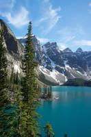 Moraine Lake by makobsan