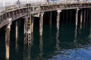Pier by makobsan