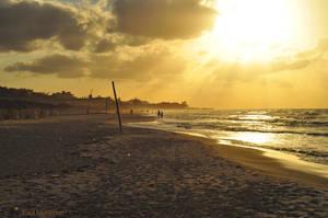 Sundown at the Beach by PaulMcKinnon