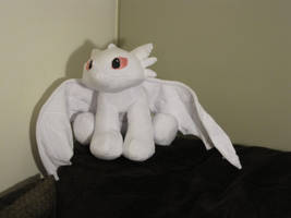 Albino Toothless WIP by munchforlunch