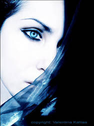 Afraid of the Light by ValentinaKallias