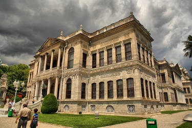 Dolmabahce Palace 4 by tiptopland
