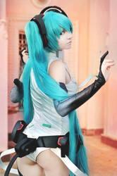Hatsune Miku Append cosplay by Yuriros